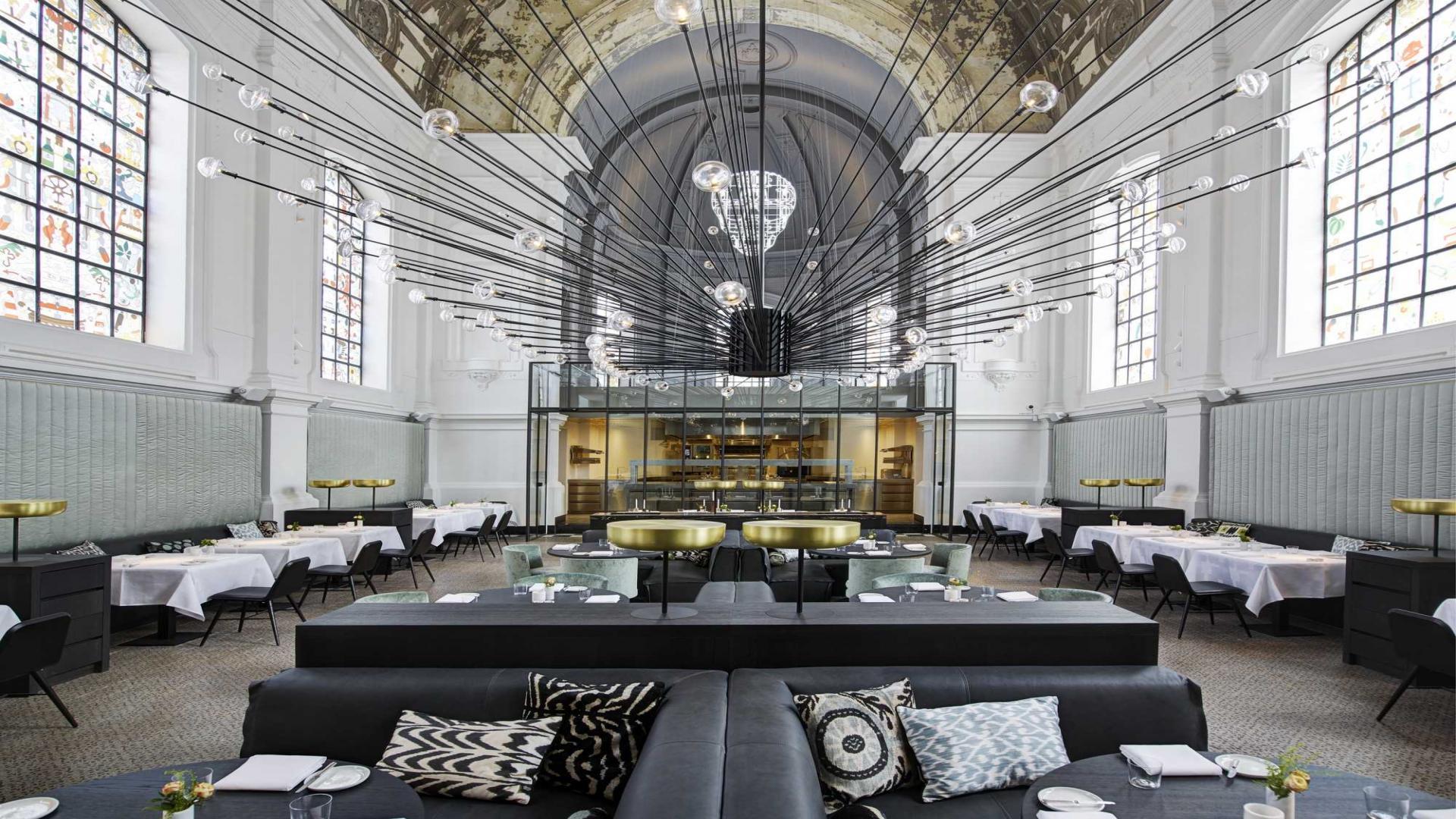 The restaurant bar design award goes to connoisseur s